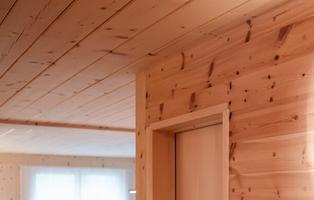 Holz100 | Ferien | Ferienwohnung | SPA | Lädeli | Anlässe | Mondholz | Holzbau | ökologisch | Erwin Thoma | Thoma Haus | Holzhaus | Vollholz | Massivholz | Kreislauf | bauen | strahlenfrei | leimfrei | chemiefrei | Basenbad | Wald | Waldbaden